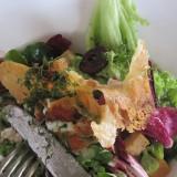 Theodors sprøde gedeoste salat
