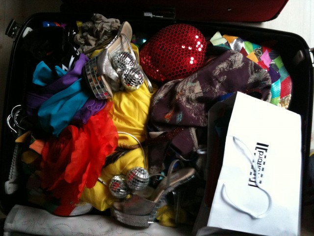 Aura kuffertklar til Berlin  Foto- Charli