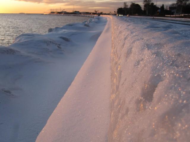 Strandvejen i vinterpels    Foto; Charli