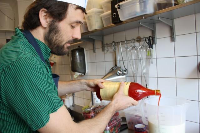 David doserer nøje zirup    Foto: Charli