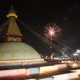 Fyrværkeri over stupaen          Photo: Charli