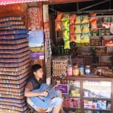 Forretningsbestyrer i et musikalsk humør   Photo: Charli