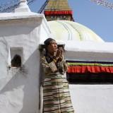 Traditionel tibetansk klædedragt        Photo: Charli