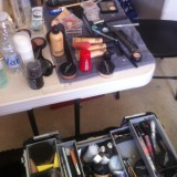 Make-up artist crewet stuvet ind i godsets køkken     Photos: Charline Skovgaard