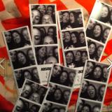 Vi har meget sjov i den opstillede photobooth.