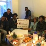 Hele holdet fra Eritrea. De er samlet fra mange forskellige asylcentre for at fejre fødselsdag